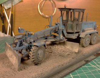 ДЗ-143 автогрейдер (сине-черный пыльный)
