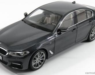 BMW 5 series 2017 G30 M Sport темно-серый металлик