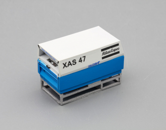 Компрессор Atlas Copco XAS 47 (закрытый на ферме), белый / синий