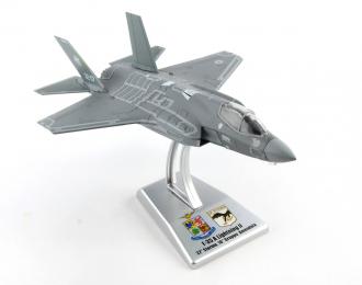 F-35A LIGHTNING II 1:100 sc. 32° Stormo, Amendola AB, AM