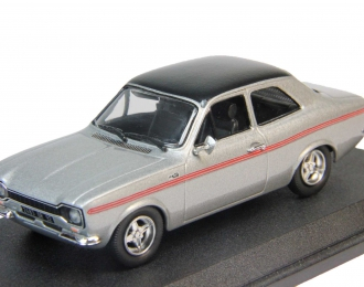 FORD Escort RS 2000, silver with black vinil roof