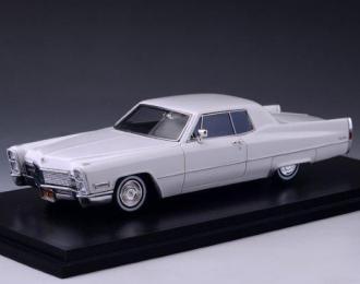 CADILLAC Coupe DeVille 1968 Creclan White