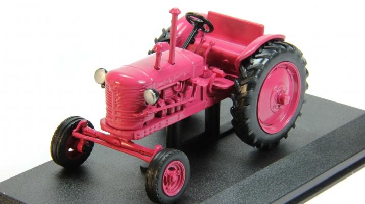 ДТ-24.2, Тракторы 31, бледно красный