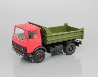 МАЗ-5551 самосвал, Грузовики СССР 31, красный / зеленый