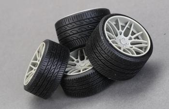 Резина 20' Pirellip Zero Tires