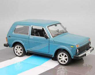 ВАЗ 21214, синий