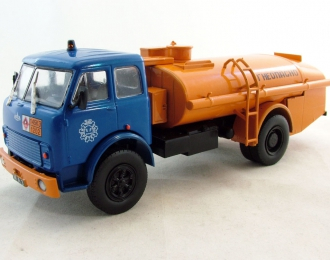 (Уценка!) МАЗ 5334 (ТЗА-7,5-5334) Топливозаправщик, Автомобиль на службе 71, синий с оранжевым