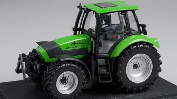 Deutz-Fahr Agrotron TTV (2003), green / black
