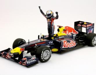 Red Bull Renault RB7 GP Spain, mit Vettel Figur 2011