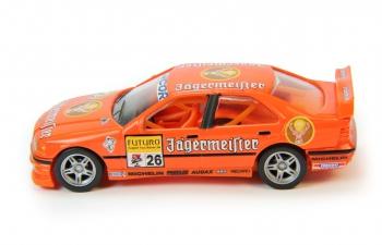 BMW 320i STW #26 Menzel, orange