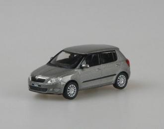 Škoda Fabia 2 Facelift New logo béžová 1:43 -