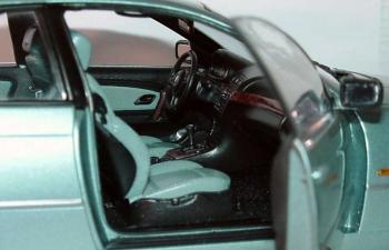 BMW 325ti compact E46/5 (2001), grau grün met.