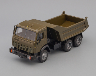 Камский грузовик 55111-005 самосвал (продольные ребра), хаки