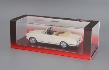 ROLLS-ROYCE Corniche Convertible (1971), white