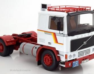 VOLVO F1220 1977 White / Red
