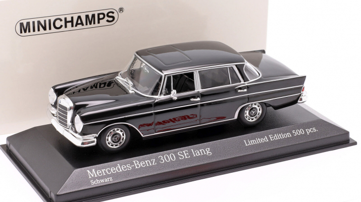 Mercedes-Benz 300SEL W111 1963 черный