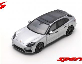 Porsche Panamera Turbo Sport Turismo - 2018 (silver)