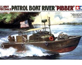 Сборная модель Американский водометный патрульный катер PBR31MkII PIBBER с 4 фигурами и подставкой