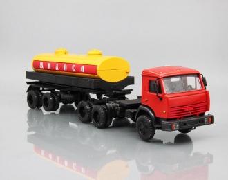 """Камский грузовик 54101 с полуприцепом-цистерной """"Молоко"""", красный / оранжевый"""