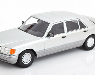Mercedes-Benz S-Class (W126) - 1985 (astral silver)