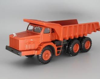 МАЗ-530 карьерный самосвал, красный