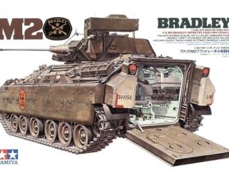 Сборная модель Амер.БТР M2 Bradley IFV с внутренним интерьером, 1фигура