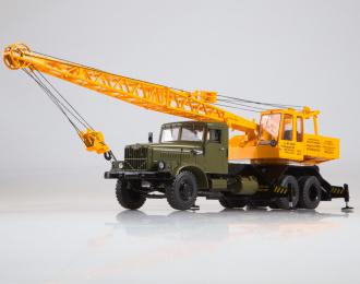 Автокран КС-4561 (257), хаки / желтый