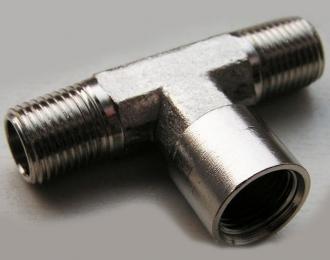 Разветвитель, 1 вход (гайка), 2 выхода (штуцер), металл