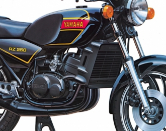Сборная модель мотоцикла Yamaha RZ250