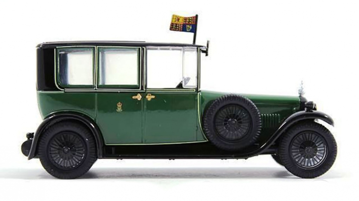 DAIMLER Brougham V-30 HP Double Six Engine (1929), green
