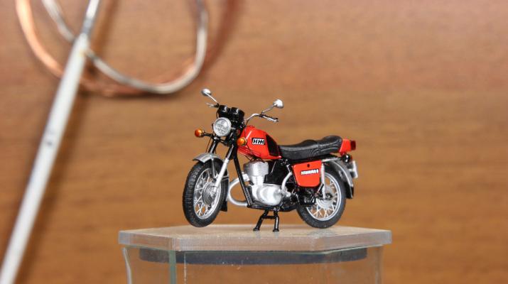 ИЖ Планета-5 мотоцикл (красный)