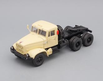 КРАЗ 258Б1 седельный тягач (1987-1993), бежевый