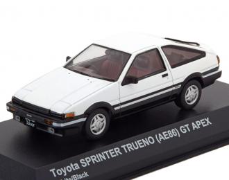 Toyota Sprinter Trueno (AE86) белый