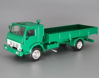 КАМАЗ 5325 без тента, ярко-зеленый