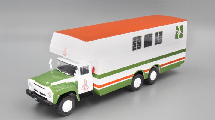 Автобус 5982 (ЗИЛ-133Г1) перевозка лошадей, Автомобиль на службе 78, бело-зеленый