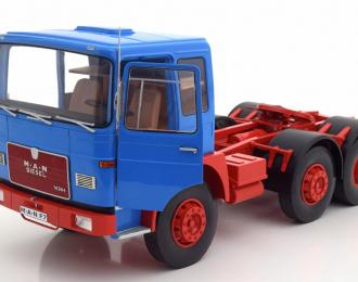 седельный тягач MAN 16304 (F7) 1972 Blue
