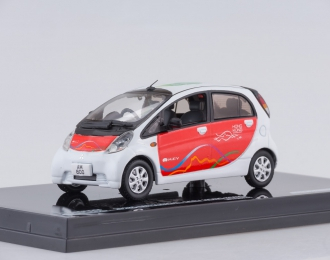 MITSUBISHI i MiEV, white/red