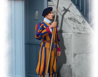 Сборная модель Фигура, Швейцарский гвардеец стражи Ватикана