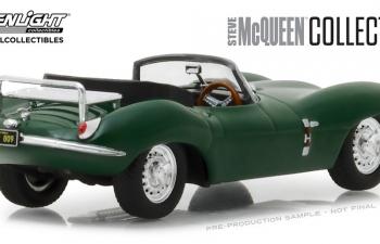 JAGUAR XKSS с фигуркой Steve McQueen 1957