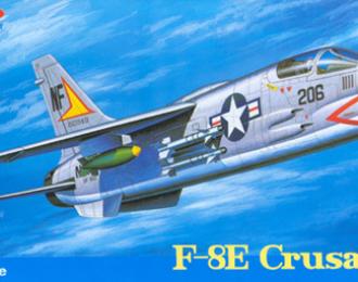 Сборная модель Самолет F-8E CRUSADER