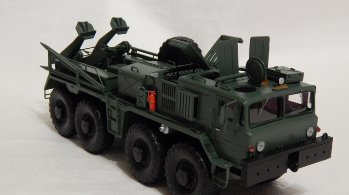 Сборная модель КЭТ-Т на базе МАЗ-537 (с открывающимися элементами)