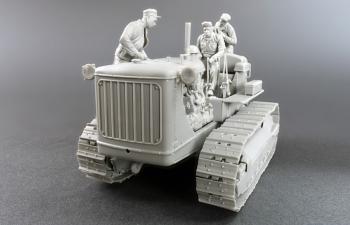 Сборная модель Трактор U.S. TRACTOR w/Towing Winch & Crewmen