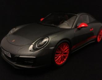Porsche 911 (991II) Carrera 4A серый с красным