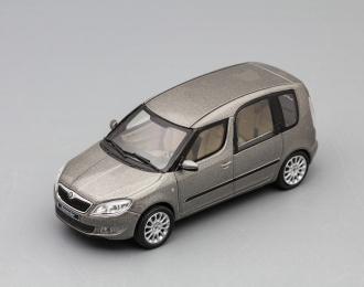 (Уценка!) SKODA Roomster II (facelift 2013), cappuccino beige
