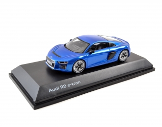 Audi R8 e-tron 2016 - Blue