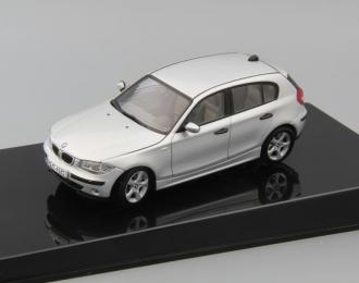 (Уценка!) BMW 180i 5-dr, silver