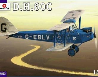 Сборная модель Британский учебно-тренировочный самолет De Havilland DH.60C Moth