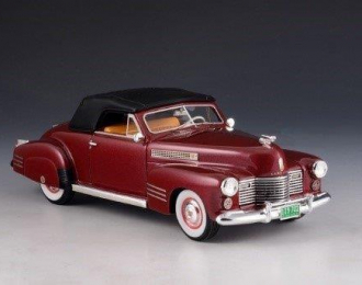 CADILLAC Series 62 Convertible Coupe (закрытый) 1941 Metallic Red
