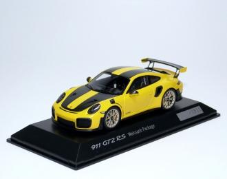 PORSCHE 911 GT2 RS 991 (2017), yellow carbon