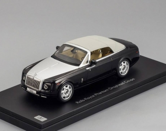 ROLLS-ROYCE Phantom Drophead Coupe, diamond black